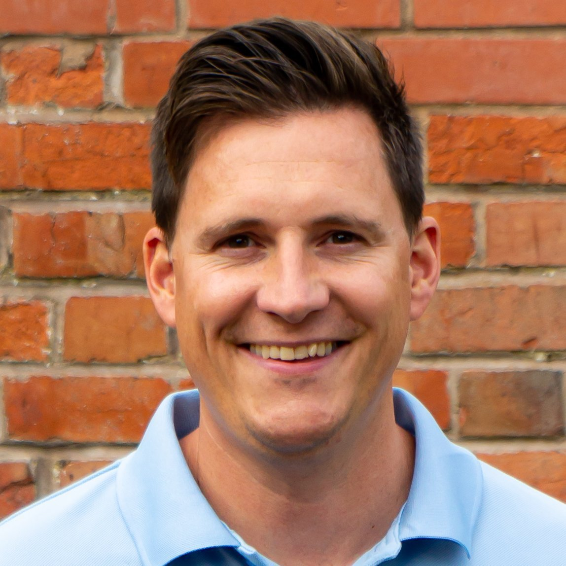 Meet the team - James Peirce Physiotherapist at Cotswold Physiotherapy Centre